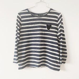 3/20$ Top shop long sleeves top with heart size 6